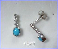 Arizona Sleeping Beauty Turquoise 9 kt White Gold Stud/Drop Earrings